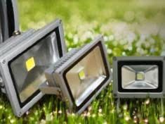 Как выбрать прожектор для уличного освещения — Ремонт дома