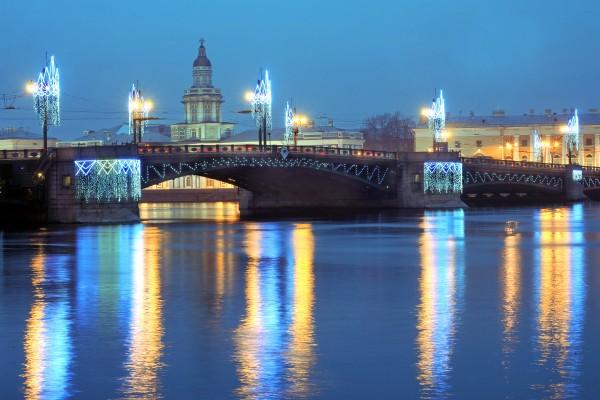 Смольный заказал новые новогодние украшения для мостов за 53,3 млн рублей — Агентство Бизнес Новостей — Ремонт дома